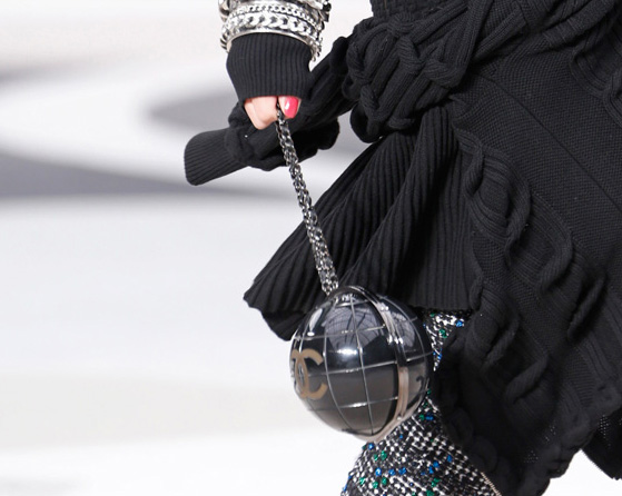 Chanel Fall 2013 Runway Handbags (4)