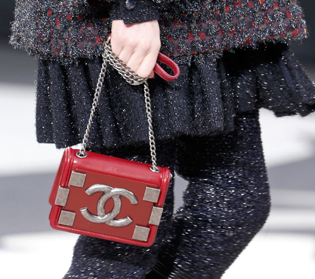 Chanel Fall 2013 Runway Handbags (5)