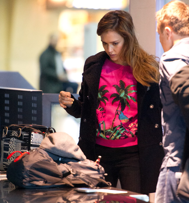 Jessica Alba carries a Christian Louboutin Farida Snakeskin Shopping Tote at JFK Airport in NYC (3)