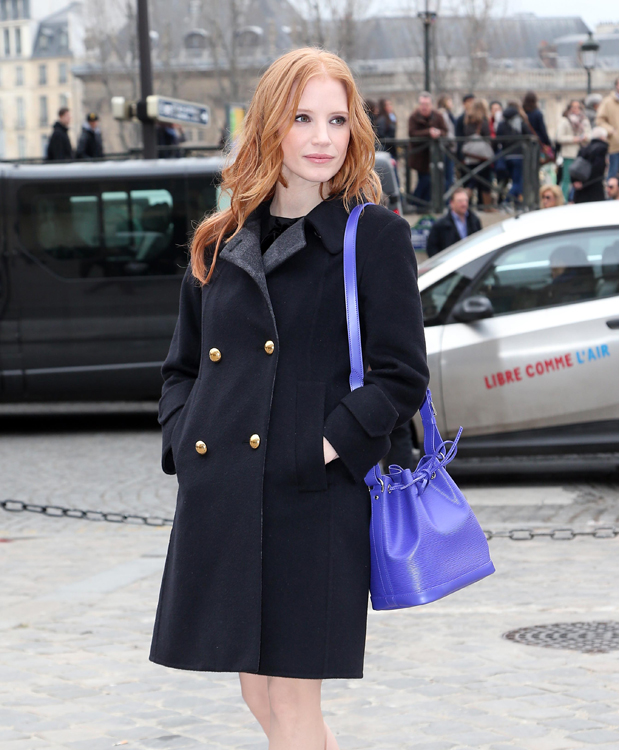 Celebrities and their bags at Paris Fashion Week (10)