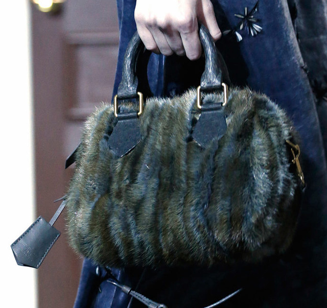 Louis Vuitton Fall 2013 Handbags (17)