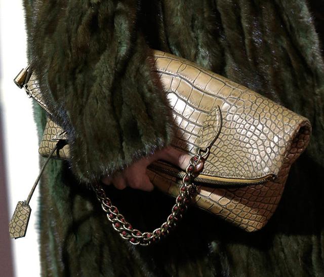 Louis Vuitton Fall 2013 Handbags (30)