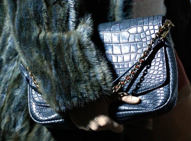 Louis Vuitton Fall 2013 Handbags (31)