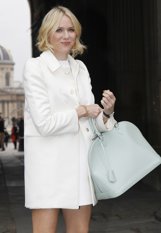 Celebrities and their bags at Paris Fashion Week (12)