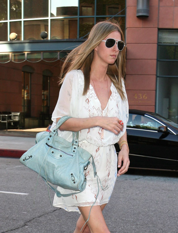 The Many Bags of Nicky Hilton-37
