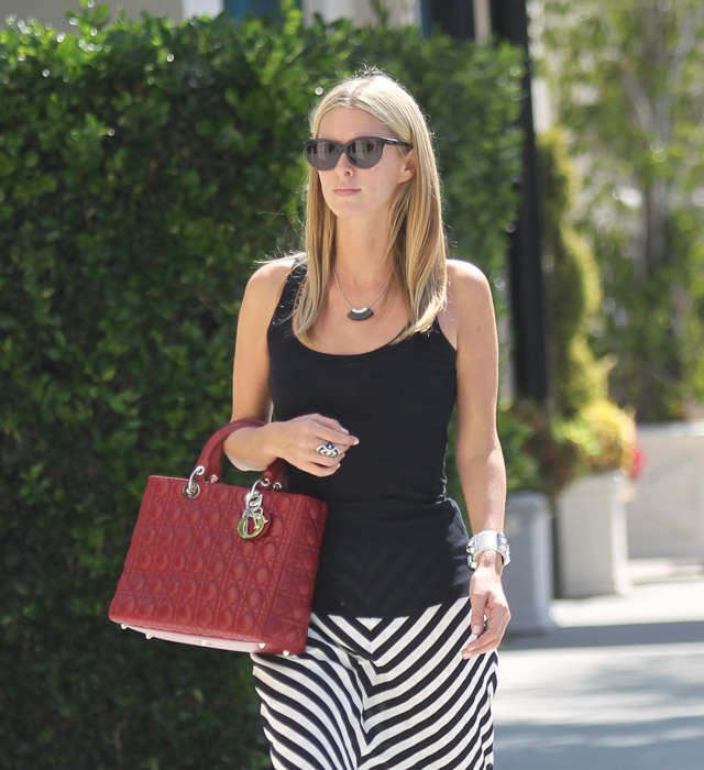The Many Bags of Nicky Hilton-47