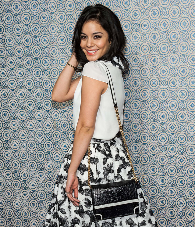The Many Bags of Vanessa Hudgens (31)