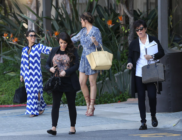 Khloe Kardashian carries a yellow Celine Phantom Luggage Tote (5)