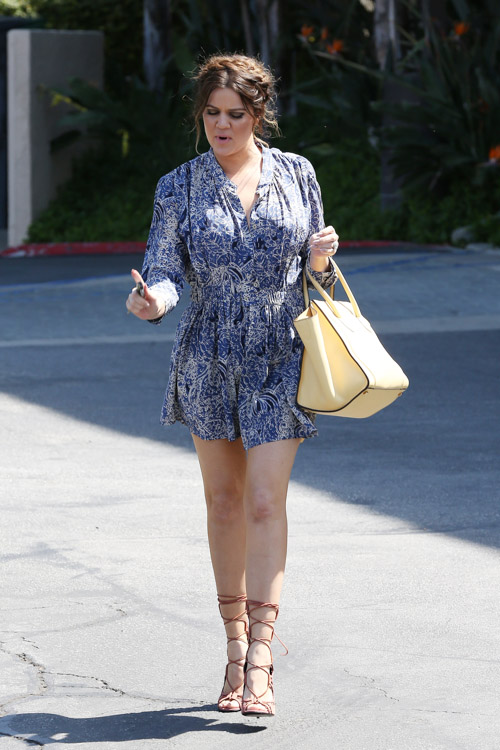 Khloe Kardashian carries a yellow Celine Phantom Luggage Tote (4)