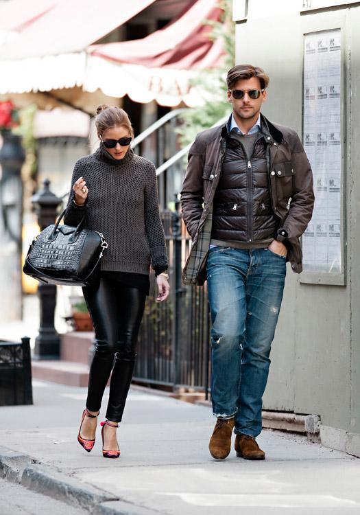 Olivia Palermo carries a black, crocodile-embossed Givenchy Antigona Bag (4)