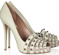 THE OUTNET.COM_Valentino_Studded Leather Pumps_318036_in_xl