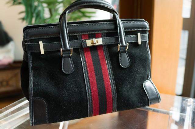 What's In Her Bag: Samantha Daniels (30)
