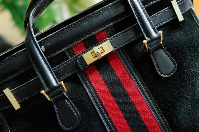 What's In Her Bag: Samantha Daniels (31)