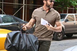 Hugh Jackman Louis Vuitton Damier Graphite Keepall 55 Bandouliere
