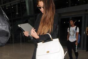 Selena Gomez carries a white Dolce & Gabbana Miss Sicily Bag (5)