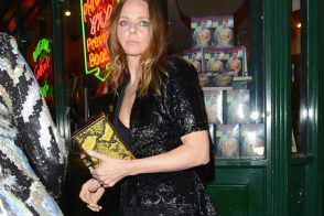 Stella McCartney carries one of her own bags to a friend's birthday party