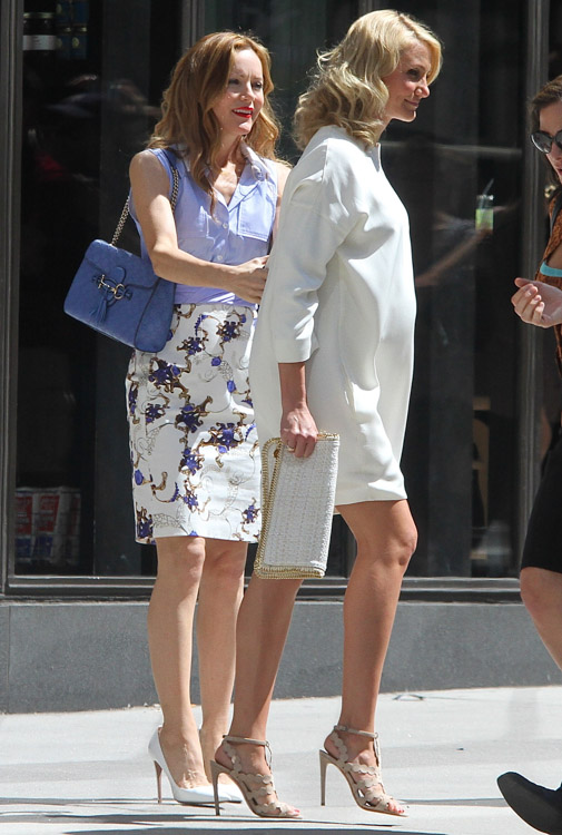 Cameron Diaz and Leslie Mann carry a Gucci Guccissima Shoulder Bag and Stella McCartney Falabella Clutch-4