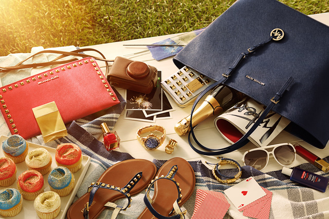 Michael Kors: Whats In Your Kors? (2)