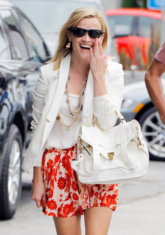 Reese Witherspoon carries a white Proenza Schouler PS1 Bag (2)