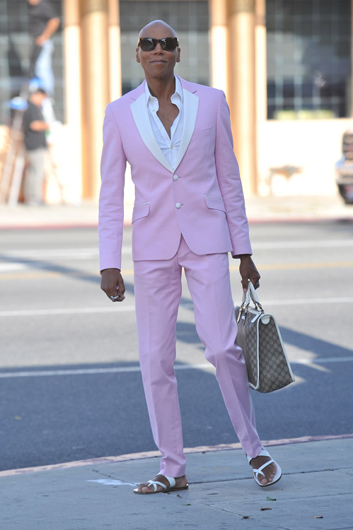 RuPaul carries a Gucci logo tote bag in Beverly Hills (3)