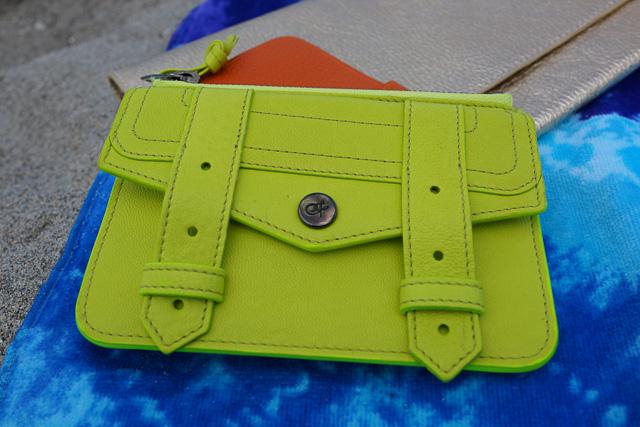 Whats in my Hermes Kelly Beach Bag-14
