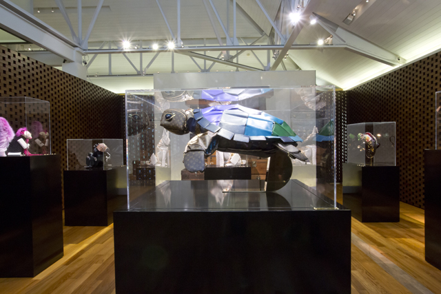 Louis Vuitton Billie Achilleos Leather Animal Sculptures (1)