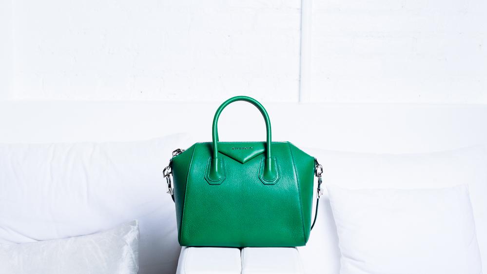 What's In Elyse Walker's Bag (2)