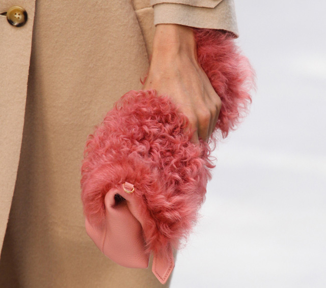 Burberry Spring 2014 Handbags (19)