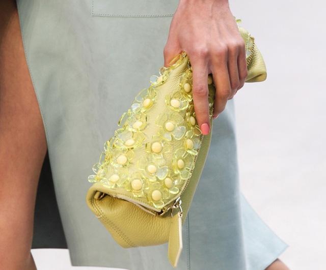 Burberry Spring 2014 Handbags (20)