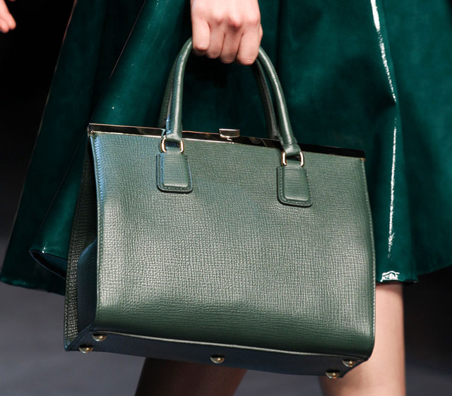 Dolce & Gabbana Spring 2014 Handbags (19)