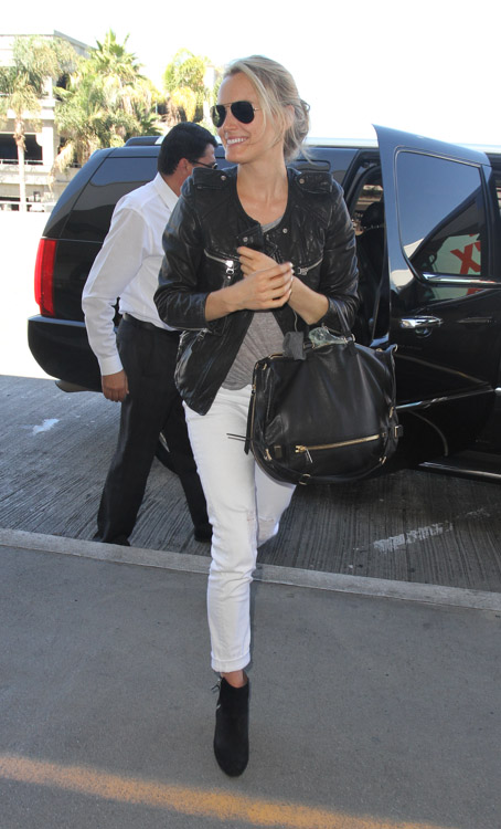 Taylor Schilling carries a black Botkier bag in LA (1)