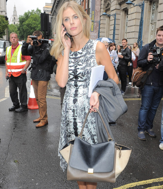 The Many Bags of Celebs at London Fashion Week-1