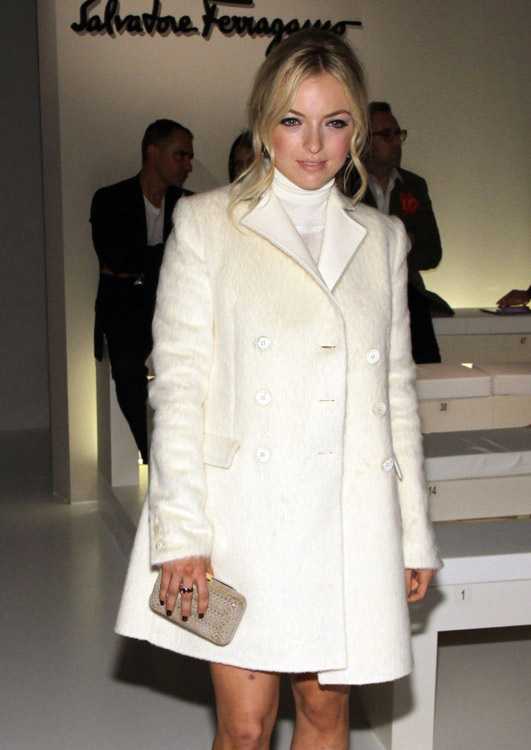 The Many Bags of Celebs at Milan Fashion Week (15)