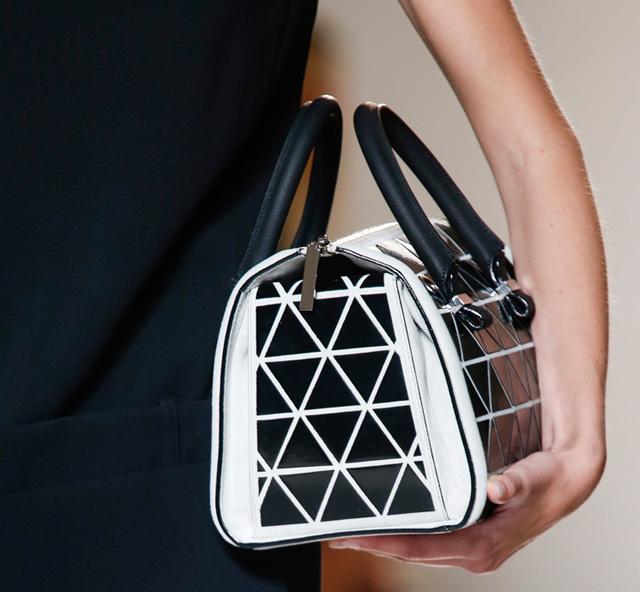 Victoria Beckham Spring 2014 Handbags (9)