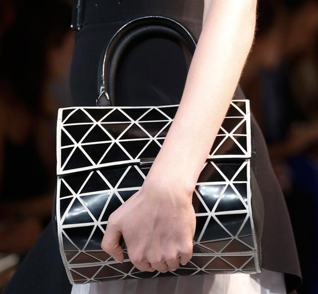 Victoria Beckham Spring 2014 Handbags (10)
