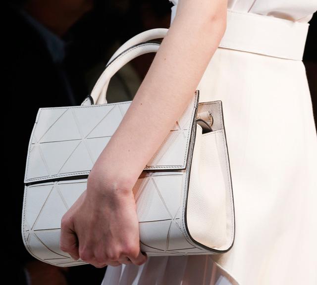 Victoria Beckham Spring 2014 Handbags (5)