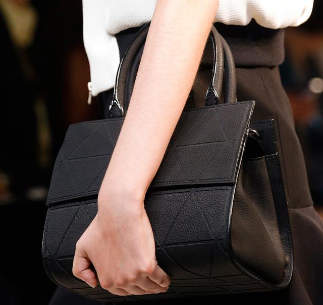 Victoria Beckham Spring 2014 Handbags (6)