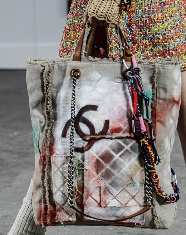 Chanel Spring 2014 Handbags (32)
