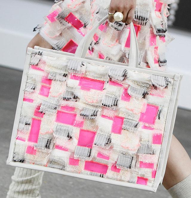 Chanel Spring 2014 Handbags (37)