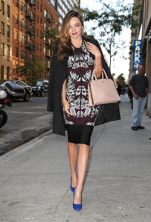Miranda Kerry carries a pink Prada bag in NYC (1)