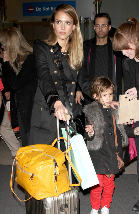 The Many Bags of Jessica Alba, Part Two (13)