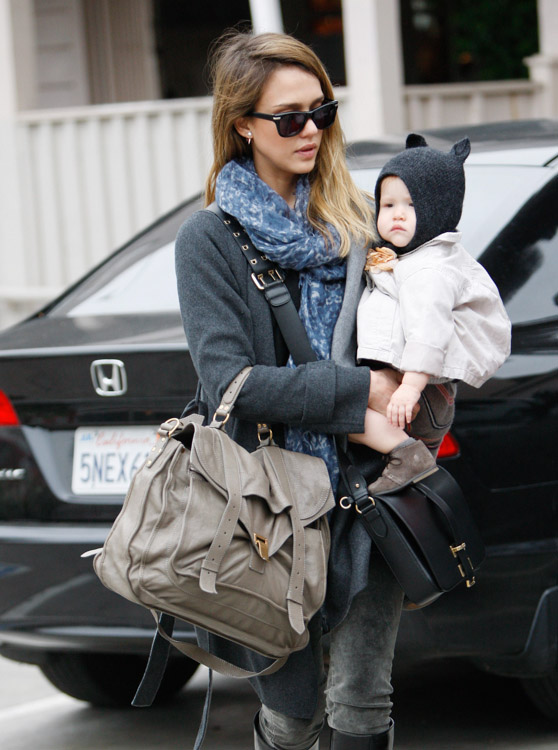 The Many Bags of Jessica Alba, Part Two (16)