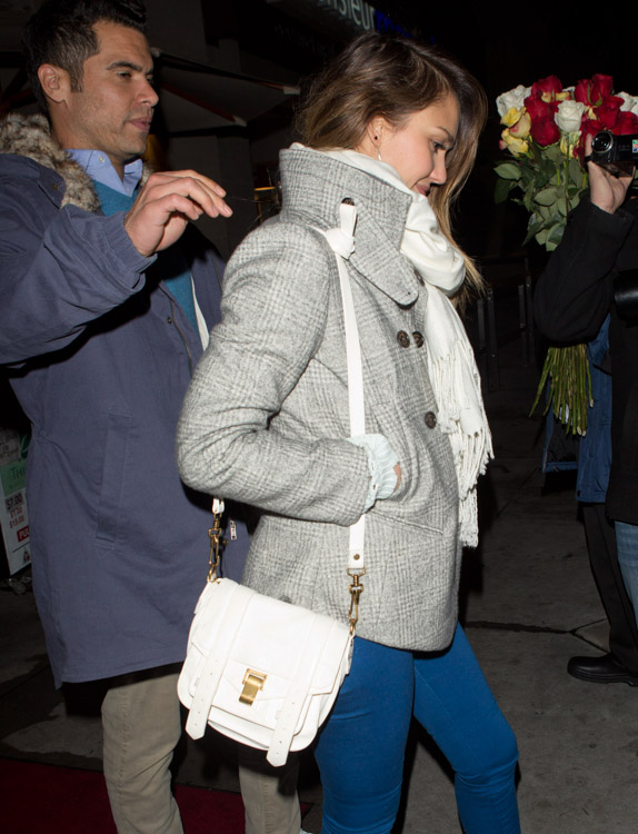 The Many Bags of Jessica Alba, Part Two (19)