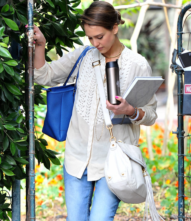 The Many Bags of Jessica Alba, Part Two (29)