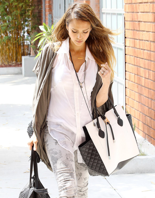 The Many Bags of Jessica Alba, Part Two (34)
