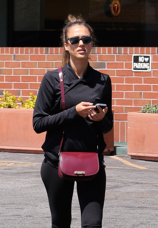 The Many Bags of Jessica Alba, Part Two (40)
