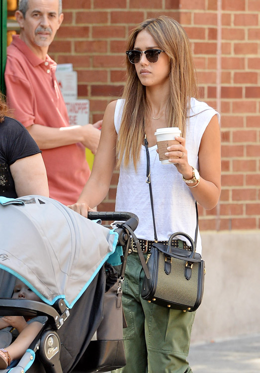 The Many Bags of Jessica Alba, Part Two (45)
