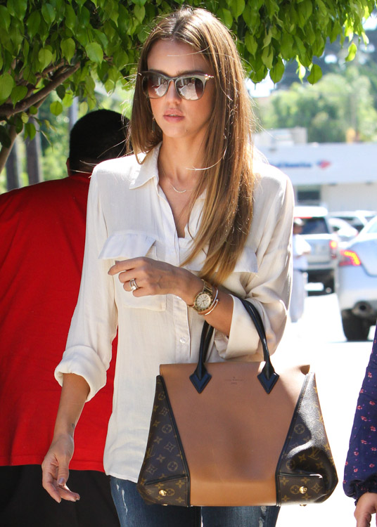 The Many Bags of Jessica Alba, Part Two (49)
