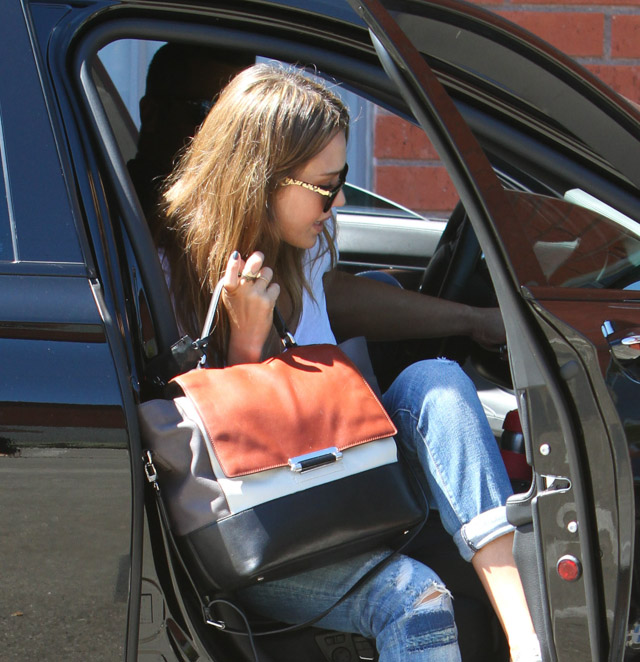 The Many Bags of Jessica Alba, Part Two (48)