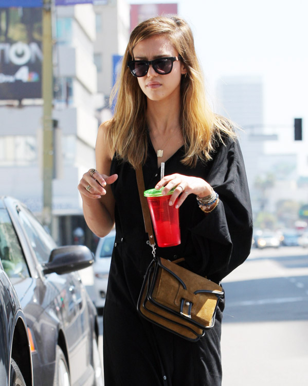 The Many Bags of Jessica Alba, Part Two (9)